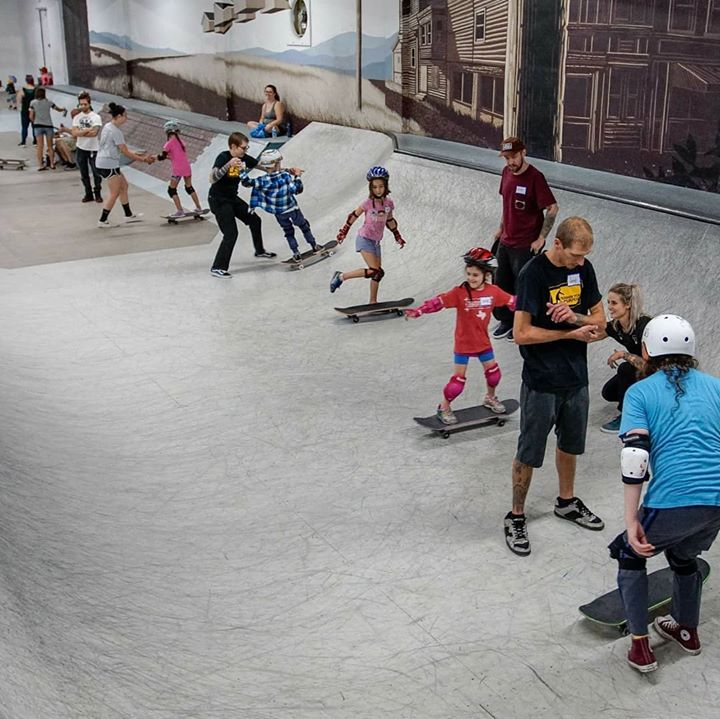 A few pics from our Get Kids Pushin event @switchandsignalskatepark last weekend. Check back…